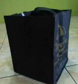 tas berkat hitam