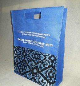tas sidang jemaat gereja berbahan kain spunbond dan batik