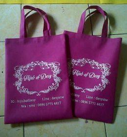 tas spunbond tas berkat pink hijab desi, tas furing, tas spunbond tas promosi pink hijab desi