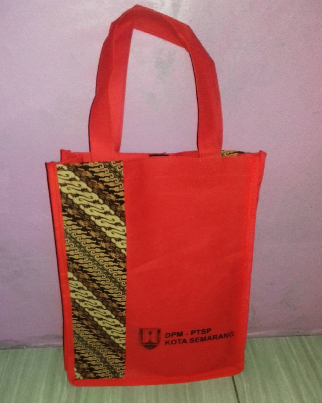 tas spunbond tas berkat seminar batik