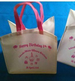 tas spunbond ultah ke 3, tas spunbond ulang tahun