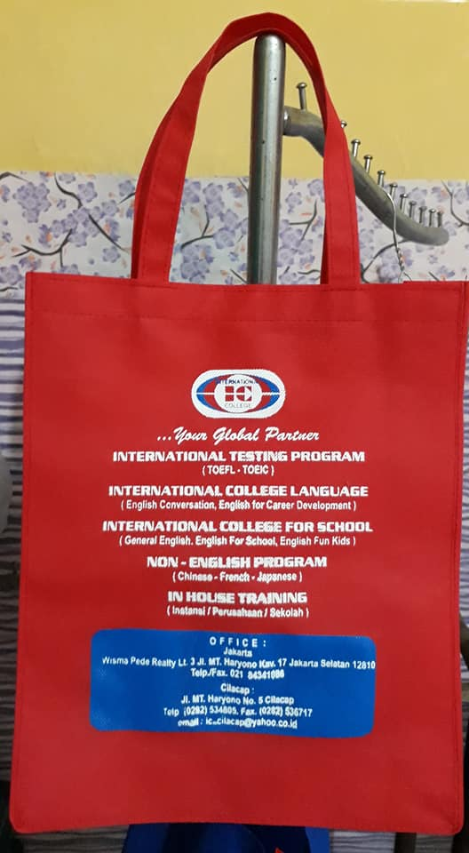 tas seminar kit test TOEFL, tas seminar kit, tas spunbond, tas spunbond murah, tas souvenir seminar, tas jinjing