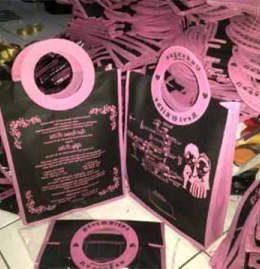 tas undangan pernikahan, tas souvenir pernikahan hitam pink